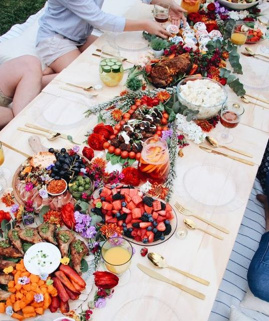 ``Grazing Table``